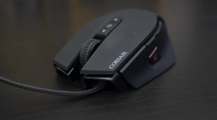 Corsair M65 Pro RGB pulsanti integrati